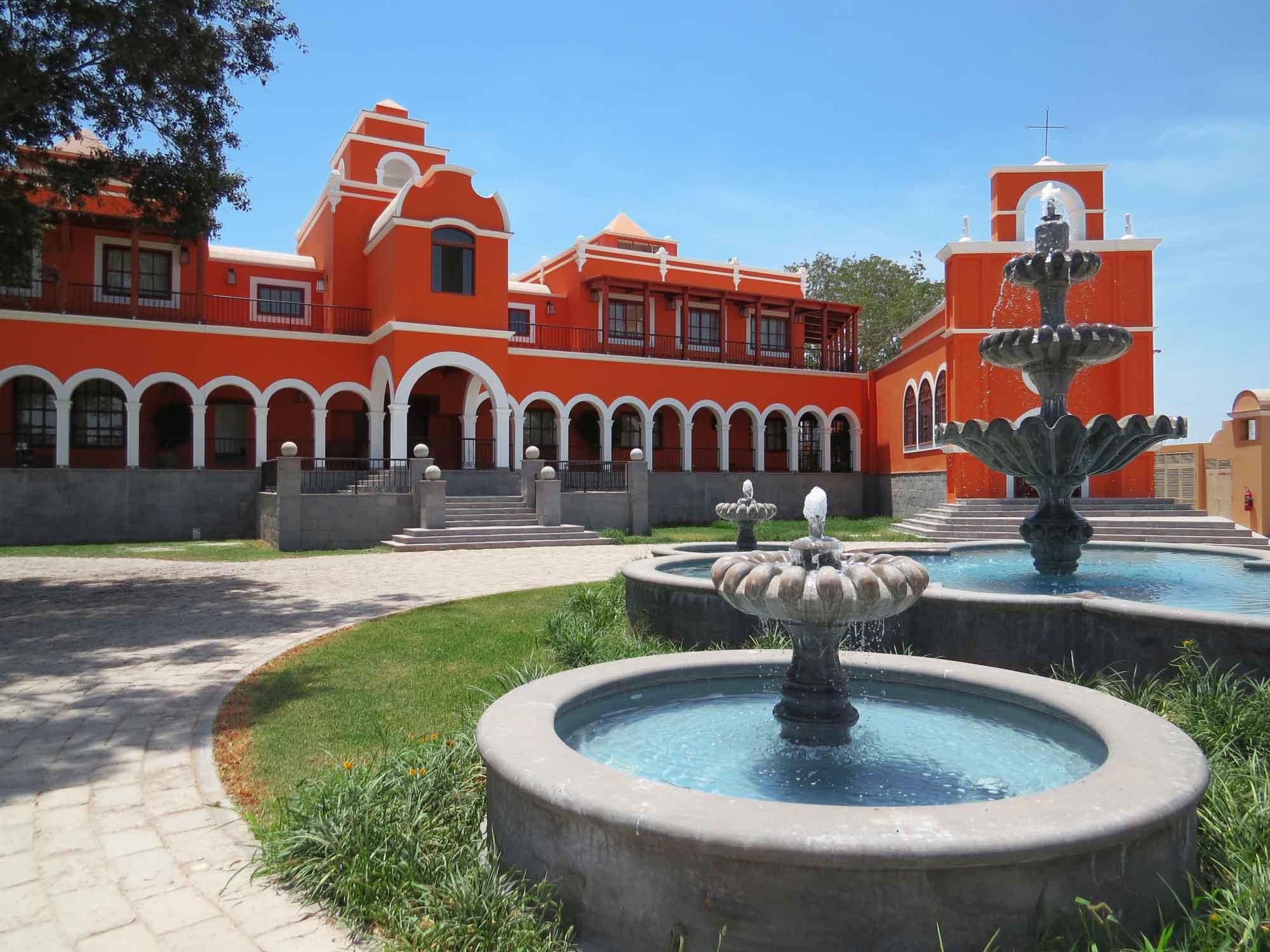 Hacienda La Caravedo Pisco Portón